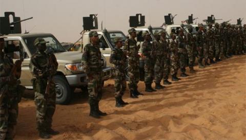 صورة تعرض شاحنة للجيش لحادث سير واصابات متفاوتة(تفاصيل)