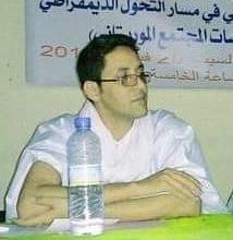 صورة المحامي معمر محمد سالم : حفظ الدعوى بحق  بعض المتهمين لا يعفيهم من المسؤولية المدنية(مقابلة)