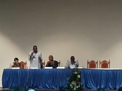 صورة برام ولد الداه يمثل موريتانيا بمؤتمر حول العبودية في جزر المورسيوس(تفاصيل)