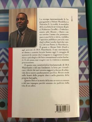 صورة الإيطالية مارية تساتوس تنشر كتابا عن كفاح زعيم حركة إيرا