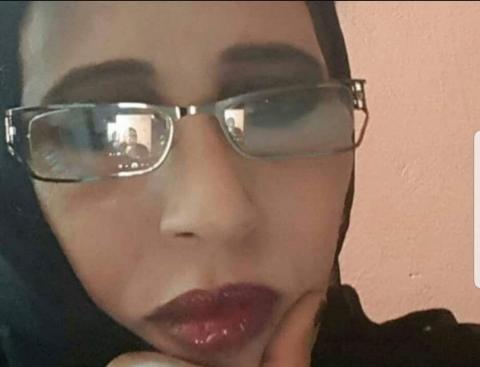 صورة زهراء نرجس تلقم الكنتي حجرا(مقال)