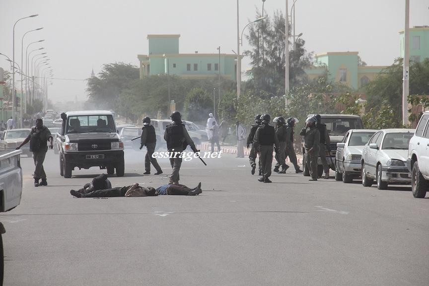 صورة إصابات في تفريق الشرطة لمظاهرة لايرا أمام وزارة العدل