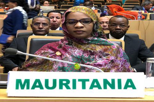 صورة وزيرة التجارة في خطاب أمام قمة الاتحاد الافريقي، باسم رئيس الجمهورية: موريتانيا تثمن عاليا كل الخطوات التي قيم بها من أجل اصلاح الاتحاد