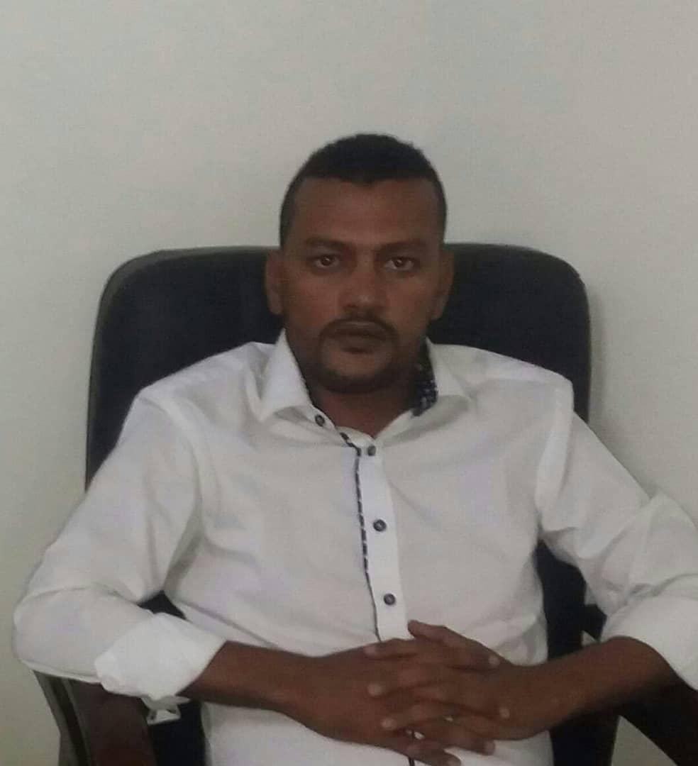 صورة لم يتراجع الرئيس بل هزمت كتيبته الانقلابية/ احمد باب دحمود