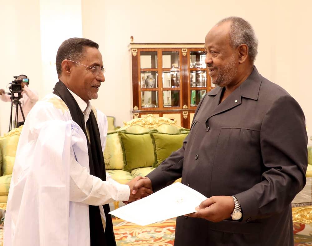 صورة سفيرنا في جيبوتي يقدم أوراق اعتماده الى رئيس جمهورية جيبوتي. (جيبوتي 28 يناير 2019 )