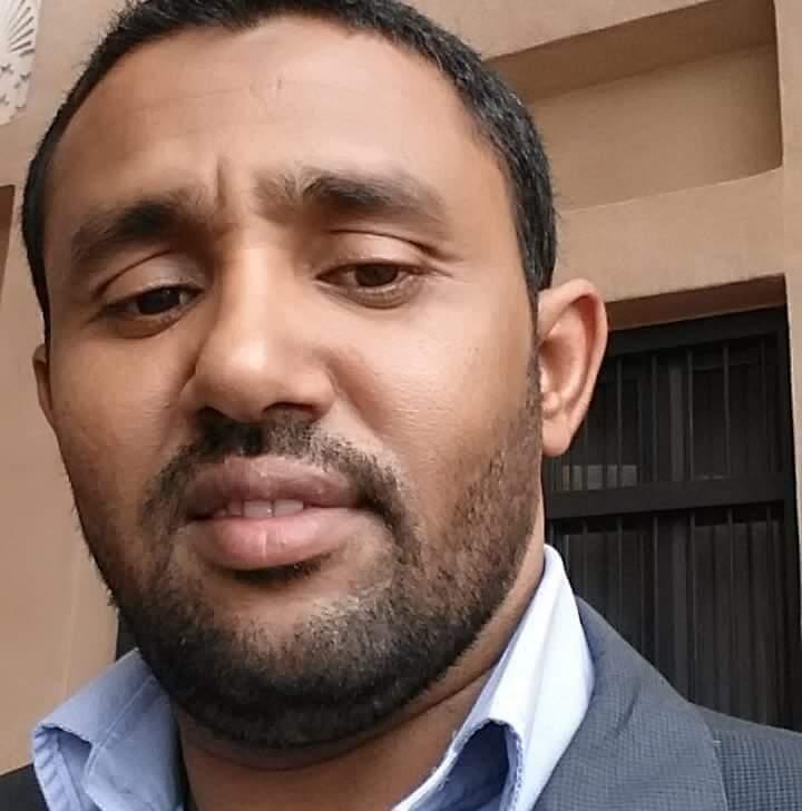 صورة الناشط السياسي محمد احيد الشيخ سيدي محمد يعلن دعمه للمرشح ولد بوبكر (بيان)