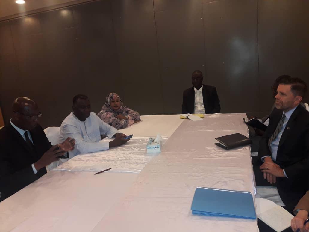 صورة المرشح بيرام في لقاء مع السفير الأمريكي (تفاصيل  )