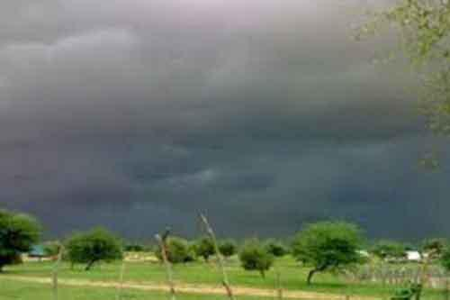 صورة من أنباء الغيث أمطار على مناطق متفرقة من البلاد (مقاييس )