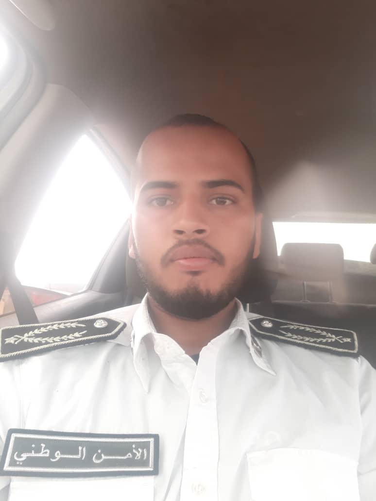 صورة ضابط شرطة في تيارت يشرف على عمليات نوعية ضد بارونات الجريمة في نواكشوط(أسماء  )