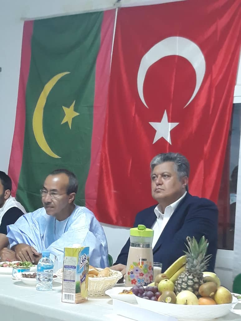 صورة مدارس المعارف التركية تنظم لقاء للبعثة الطبية مع آباء التلاميذ (صور )