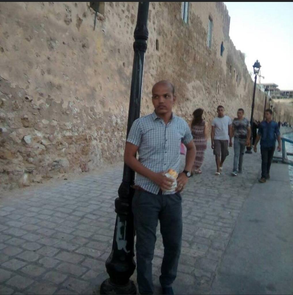 صورة رسالة تملق متأخرة! إلى عزيز/ خالد الفاظل