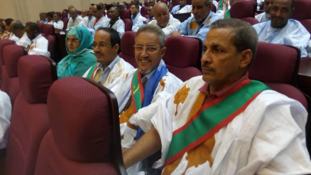 صورة تشكيل لجنة برلمانية للتحقيق في فساد عشرية ولد عبد العزيز (أسماء )
