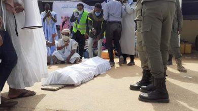 صورة مقدمو خدمات التعليم  : يواصلون اعتصامهم وموكب جنائزي لعقدهم (صورة)