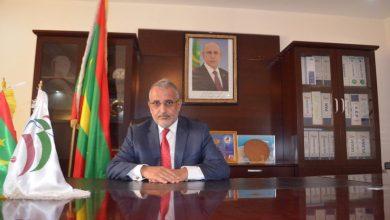 صورة رئيس المنطقة الحرة يصرح بممتلكاته أمام لجنة الشفافية