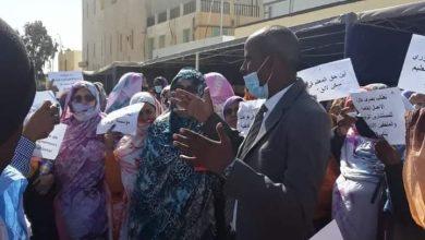 صورة اليوم الأول للإضراب : شلل في بعض مؤسسات التعليم وتظاهرات أمام المباني الرسمية